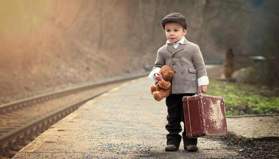 Zgoda na wyjazd dziecka za granice – oświadczenie dla opiekunów. Cenne wskazówki.